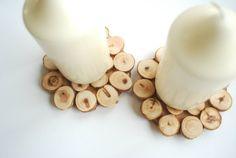 Zwei Untersetzer (Kerzenhalter) aus Wacholder!  Naturholz, unbehandelt!  Beideseitig verwendbar!   Set: 2 Stück.    Verschenken Sie die Natur!    Unte