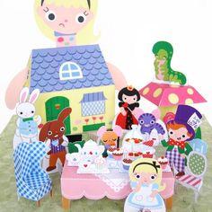 Fantastic Toys Alice and Wonderland Kawaii Papercraft Playset