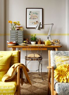 happy yellow pops (via Rachel Whiting Photography) (my ideal home.) happy yellow pops (via Rachel Home Office, Country Living Uk, Yellow Interior, My Ideal Home, Mellow Yellow, Grey Yellow, Yellow Accents, Home And Deco, Interior Inspiration