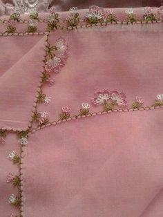 Needle lace is a good job - Ohrring Embroidery Tools, Lace Embroidery, Embroidery Stitches, Needle Tatting, Needle Lace, Lace Making, Flower Making, Bordados E Cia, Drawn Thread