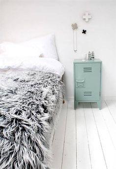 HK-living Nachtkastje groen hout 65x36x33cm, Nachtkastje opal silk - wonenmetlef.nl