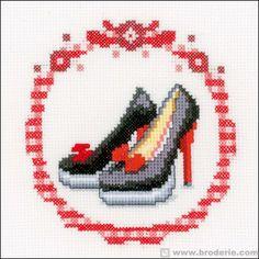 point de croix chaussures à talons- cross-stitch high heels shoes, stilettos