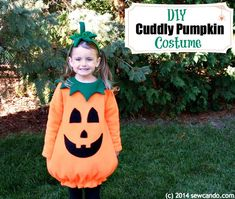 Sew Can Do: Make A Cuddly Cute Pumpkin Costume Without A Pattern - Kids Ideas Toddler Pumpkin Costume, Pumpkin Halloween Costume, Cute Halloween, Halloween Pumpkins, Halloween Inspo, Halloween Goodies, Halloween Costume Patterns, Toddler Halloween Costumes, Baby Costumes