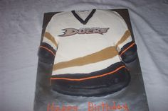 Anaheim Ducks Jersey Cake.  Whoever did this did a wonderful job.