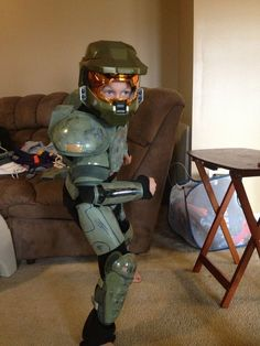 How to make a Halo 3 Master Chief costume for under $50 #instructables