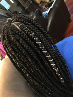 Top 60 All the Rage Looks with Long Box Braids - Hairstyles Trends Jumbo Box Braids, Big Box Braids, Box Braids Styling, Box Braids Hairstyles, My Hairstyle, Protective Hairstyles, Long Hairstyles, Black Girl Braids, Girls Braids