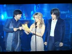 Scotty McCreery Wins ACM New Artist of the Year(American Idol)