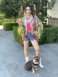 Rosanna Pansino as 'Harley Quinn' and Blueberry Muffin as 'Bruce' from Birds of Prey