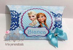 Caixa travesseiro personalizada Frozen.