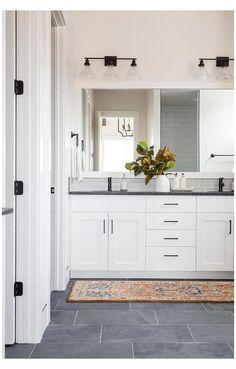 Dark Floor Bathroom, Black And White Bathroom Floor, Black Tile Bathrooms, Grey Bathroom Cabinets, Light Grey Bathrooms, Bathroom Flooring, Bathroom Concrete Floor, Master Bathroom, Boy Bathroom