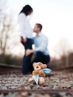 Ideas for Maternity Photoshoots gender reveal photography Maternity Photography Poses, Maternity Poses, Maternity Pictures, Photography Ideas, Pregnancy Photography, Maternity Photo Props, Pregnancy Photo Shoot, Photography Couples, Couple Pregnancy Photos
