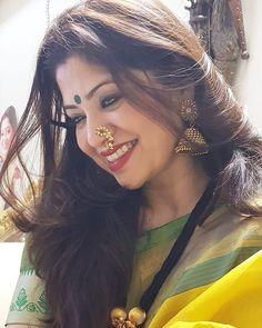 Beauty Women, Women's Beauty, Natural Beauty, Indian Beauty Saree, Indian Girls, Traditional Dresses, Looking For Women, Marathi Nath, Beautiful People
