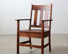 Antique Mission Chair / Arts & Crafts Wood Chair