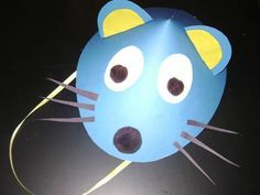 How to make a mouse hat with construction paper