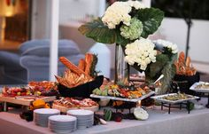 Image from http://www.wolfgangpuck.com/assets/images/micro-sites/weddings/menus/autumn_weddings/autumn_image6.jpg.