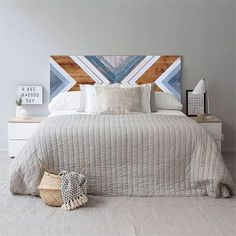 Geometric wood headboard made of reclaimed pinewood. Each piece is treated with care during the prod Reclaimed Wood Headboard, Reclaimed Wood Wall Art, Wood Art, Painted Wood Headboard, Winter Bedroom, Wood Projects That Sell, Wood Mosaic, Head Boards, Geometric Wall Art
