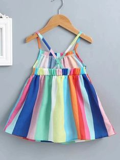 Baby Girl Dresses Diy, Baby Girl Dress Design, Girls Frock Design, Kids Frocks Design, Baby Girl Dress Patterns, Baby Frocks Designs, Toddler Outfits, Kids Outfits, Toddler Girls