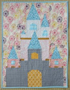 A paper-pieced fairy tale castle pattern to make your dreams come true! Or get adventurous and make it a pirate castle, argh! Small Quilts, Mini Quilts, Baby Quilts, Heart Quilts, Panel Quilts, Quilt Blocks, Paper Piecing, Quilting Projects, Sewing Projects
