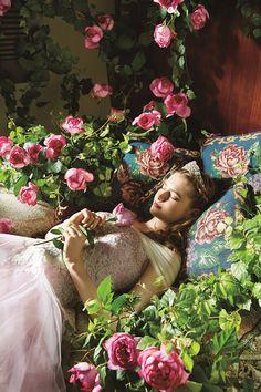 クラウディアからディズニープリンセスのウエディングドレス、シンデレラや白雪姫など6作品をモチーフに - 写真13