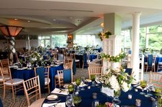 Malloy Events at Bald Peak Colony Club in Moultonborough, NH. reception with navy linens, pashminas, and green glassware