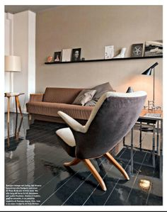 Mid Century Modern living room from AD France