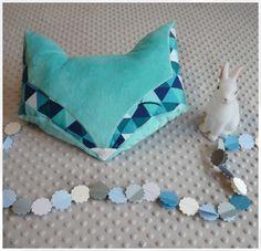Coussin renard géométrique bleu turquoise et aqua