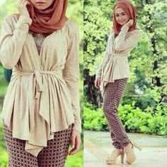 Hijab Choco kayla 3in1 @71rb Seri isi 2, bhn spdx, cardi+inner nempel langsung+celana+pashmina, fit L Ready 4mgg ¤ Order By : BB : 2951A21E CALL : 081234284739 SMS : 082245025275 WA : 089662165803 ¤ Check Collection ¤ FB : Vanice Cloething Twitter : @VaniceCloething Instagram : Vanice Cloe