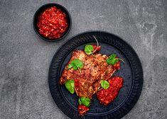 Porsaan ribsejä ja kimcihllä maustettua paprikapyreetä - Rasilainen