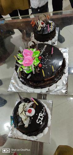 Birthday Goals, Birthday Celebration, Birthday Cake Pinterest, Cake For Boyfriend, Cake Story, Peacock Cake, Birtday Cake, Best Food Photography, Dairy Milk Chocolate