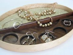 Shaker jewelry tray by John Ryan.