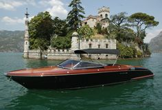RIVA ~ Luxury Yachts