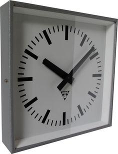 Communist square clock