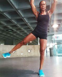 Neznáte žádné cviky na hubnutí, ale rádi byste shodili pár kilo a začali se cvičením? Podělíme se s vámi o základní cviky. Kili, Inner Thigh, Bodybuilding, Fitness Motivation, Sporty, Workout, Instagram, Style, Diet