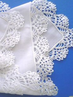 """Żadna inna rzecz nie da ci tyle wolności co pasja. Crochet Border Patterns, Crochet Lace Edging, Filet Crochet, Baby Knitting Patterns, Crochet Designs, Crochet Doilies, Crochet Stitches, Mode Crochet, Crochet Tablecloth"