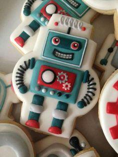 Robot Cookie http://www.annclarkcookiecutters.com/product/robot-cookie-cutter