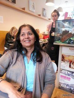 London Review Bookshop,Cake Shop - Review