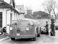 1935 Diamond T Texaco 'Doodlebug' | Via: kitchener.lord on Flickr