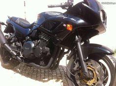 Triumph de culto, imaculada e com garantia. - à venda - Motos & Scooters, Lisboa - CustoJusto.pt