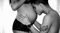 I would love to do a sexy yet very tasteful maternity photo like this...especially since this is our last baby!