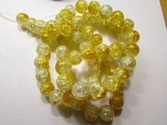 10 Crackle Glass Beads Canary Yellow & Clear by IvanasGiftsNThings, $1.29