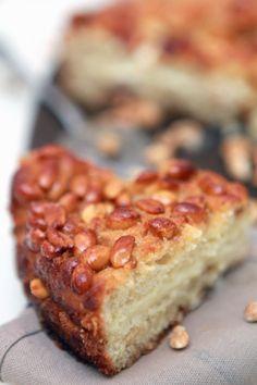 Ciasto orzechowe z kremem waniliowo-miodowym