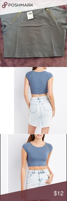 """Charlotte Russe Zipper-Trim Crop Top 🚨NWT🚨 This cool crop top boasts a skintight silhouette in a stretchy cotton, for extra sex appeal! Metal zippers add an edgy detail to the raglan cap sleeves, framing a round neckline. Pairs perfectly with your favorite high-rise hotties!  Product Model Size: Model is 5'11"""" tall Product Fit: Model is wearing size small. Size small measures 14"""" from top to hem. Product Care: cotton / spandex / machine wash / imported Charlotte Russe Tops Crop Tops"""