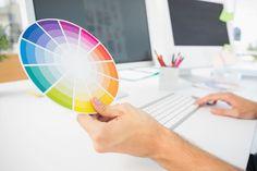 ***¿Cómo Combinar Colores?*** Te enseñamos las pautas básicas para aprender las distintas combinaciones de colores, usando la rueda de color estandarizada....SIGUE LEYENDO EN..... http://comohacerpara.com/combinar-colores_18125h.html
