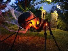 Creepy Halloween Props, Halloween Trophies, Halloween Forum, Halloween Yard Decorations, Halloween Spider, Halloween Projects, Holidays Halloween, Halloween Diy, Halloween Stuff