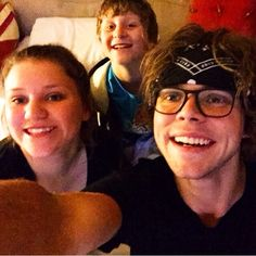Ashton, Lauren, and Harry