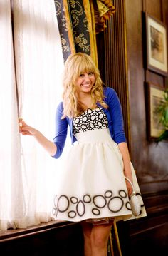Miley Cyrus stars as Hannah Montana / Miley Stewart in Walt Disney Pictures' Hannah Montana: The Movie - Movie still no 50 Hannah Montana Hair, Hannah Montana Outfits, Hannah Montana The Movie, Hannah Montana Forever, Disney Channel Stars, Disney Stars, Old Miley Cyrus, Miley Stewart, Tennessee