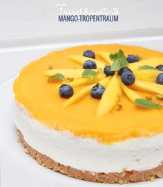 Cream cheese cake Mango, cake without baking, summer, fruit, fruits - Kuchen - Gateau Mango Cheesecake, Cheesecake Recipes, Dessert Recipes, Dessert Blog, Cake Cookies, Cupcakes, Mango Cake, Cake With Cream Cheese, Food Cakes