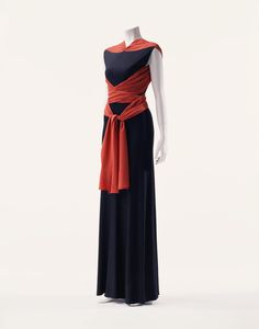 Madeleine Vionnet, 1933 - The Kyoto Costume Institute - Gorgeous, finding a way to recreate this