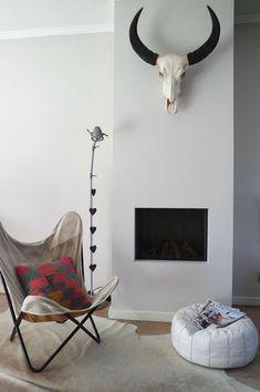 Als onafhankelijk adviseur wil ik van betekenis zijn voor mensen die een woondroom hebben of mensen die graag inzicht willen krijgen in hun bestaande financiële situatie. Mijn praktijk draagt dan ook de toepasselijke naam Advies met M.I.N.T. ; Advies Met Meer Inzicht Naar Toekomst. Je krijgt hypotheekadvies dat past bij jouw huidige situatie maar dat ook zeker gericht is op de toekomst. #woondroom #wonen #bohemian #interieurdecoratie #droomhuis #interieur #woningkopen #bohemianhome… Butterfly Chair, Hanging Chair, Furniture, Home Decor, Decoration Home, Hanging Chair Stand, Room Decor, Home Furnishings, Home Interior Design