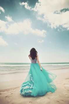 Ocean is calling by bwaworga on We Heart It Lovely Girl Image, Cute Girl Photo, Beautiful Girl Photo, Girl Photo Poses, Girls Image, Alone Girl Images, Alone Girl Pic, Beach Fashion Photography, Girl Photography Poses